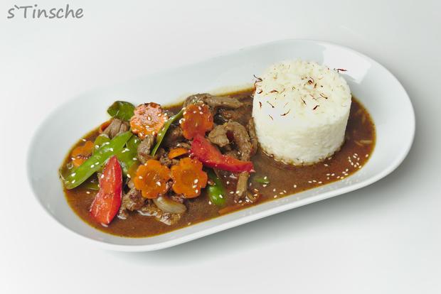 Asiatisches Pfeffer-Rind, Gemüse & Jasminreis - Rezept - Bild Nr. 8181