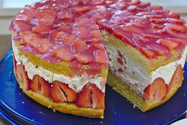 Erdbeer-Sahne-Schmand-Torte - Rezept - Bild Nr. 8188