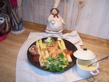 Spargel mit Putenbrust Teile und einem kleinen Salat - Rezept - Bild Nr. 8188