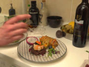 Surf and Turf vom Rinderfilet und Garnele an Koma Wakame Salat und Hasselback Kartoffeln - Rezept - Bild Nr. 8188