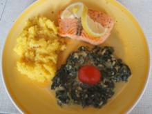 Lachsfilet mit herzhaften Spinat und Kartoffelstampf - Rezept - Bild Nr. 3