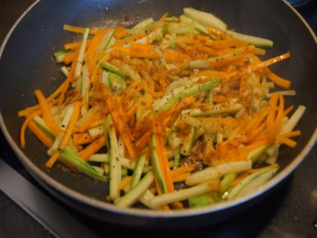 Pasta mit Spaghetti, Gemüse und Garnelen - Rezept - Bild Nr. 8258
