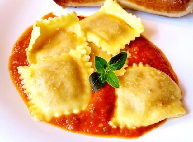 Ravioli in Tomaten - Rezept - Bild Nr. 8264