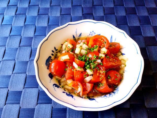 Marinierte Tomaten mit Bratkartoffeln und Eisbein in Aspik - Rezept - Bild Nr. 8261