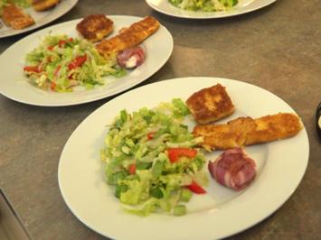 Grüner Salat, dazu gebackener Fetakäse ,Gouda und Ziegenfrischkäsetaler mit Speck - Rezept - Bild Nr. 2