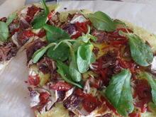 Buttermilch-Flammkuchen mit Radicchio,Feldsalat und Wasabipaste - Rezept - Bild Nr. 8269