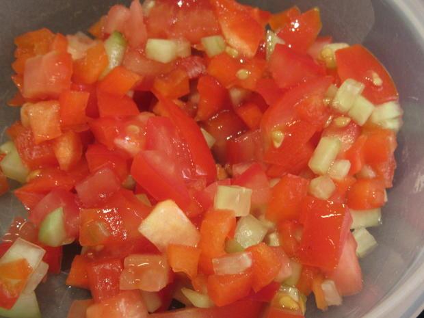 Suppen: Gazpacho mit Kräuterbaguette - Rezept - Bild Nr. 8285