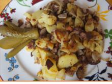 Herzhafte Bratkartoffeln mit gemischten Salat - Rezept - Bild Nr. 8296