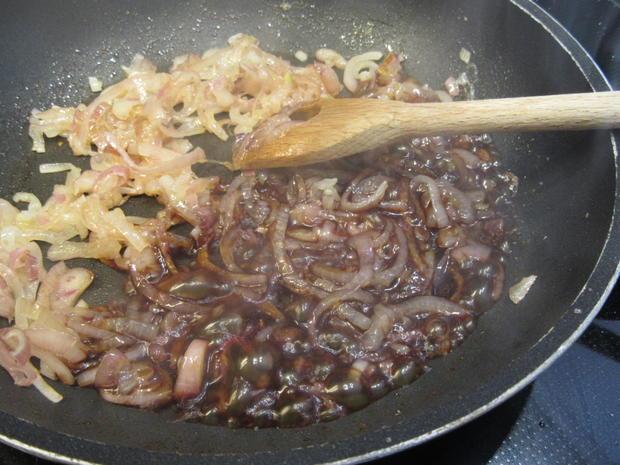 Salate: Karottensalat mit karamellisierten Zwiebeln und Champignons - Rezept - Bild Nr. 8299