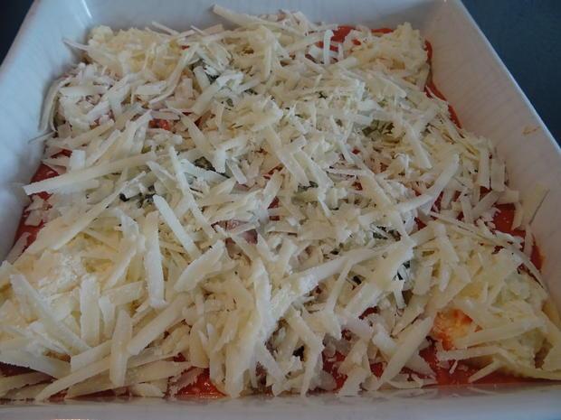 Conchiglioni mit dreierlei Füllung und Tomaten-Bechamel-Soße - Rezept - Bild Nr. 8304
