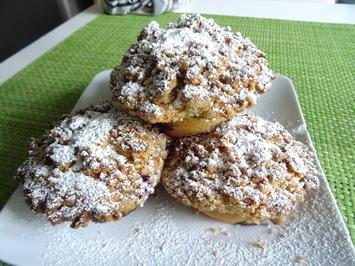 Heidelbeer-Muffins mit Marzipan-Streuseldecke - Rezept - Bild Nr. 2
