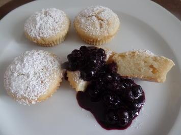 Buttermilch-Minimuffins mit Heidelbeeren-Kompott - Rezept - Bild Nr. 8338