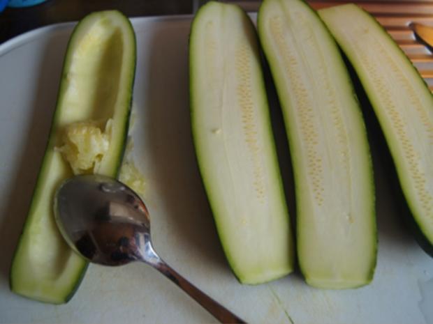 Gefüllte Zucchini mit gelben Basmatireis - Rezept - Bild Nr. 7