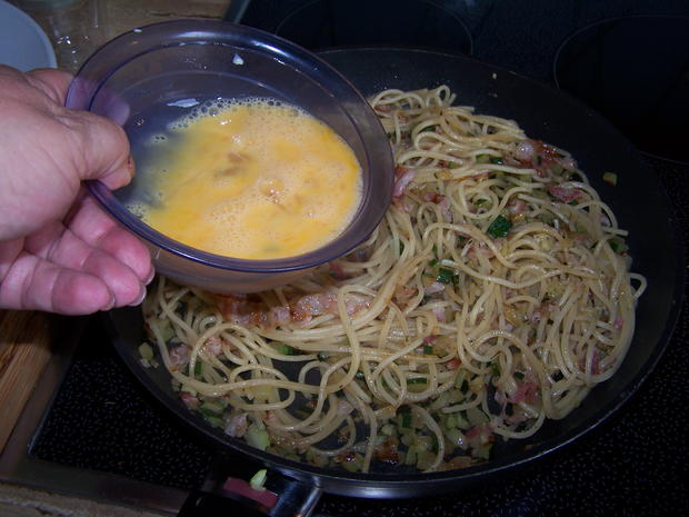 Spagetti mit Gemüse Würfel - Rezept - Bild Nr. 8382
