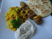 Filet-Spieß - orientalisch gewürzt - mit Fladenbrot und Dattel-Pistazien-Dip - Rezept - Bild Nr. 8378
