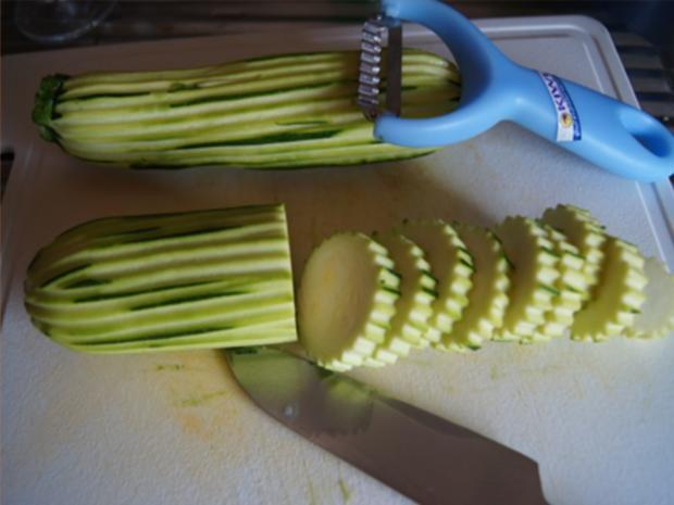 Gebratene Zucchini mit Garnelenspießen - Rezept - Bild Nr. 5