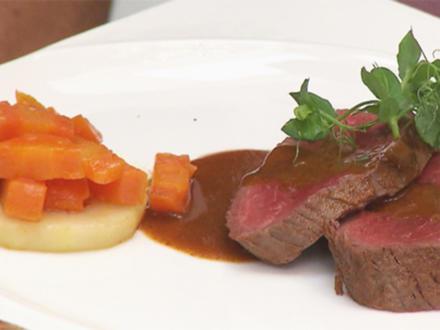 Chateaubriand mit Karotten-Birnen-Gemüse und Kartoffelgratin - Rezept - Bild Nr. 2
