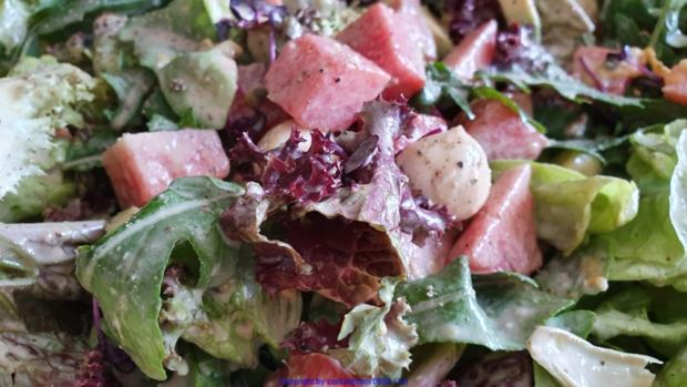 Biggi`s Salate = Wasabi-Rucula Salat mit Avocado Melone und Passionsfrucht - Rezept - Bild Nr. 8479