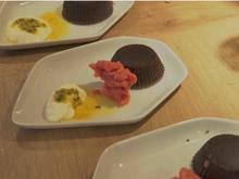 Schokoladenmalheur und Erdbeereis - Rezept - Bild Nr. 2