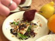 Bete-Birne mit Ziegenkäse auf Pflücksalat und frischem Baguette - Rezept - Bild Nr. 2