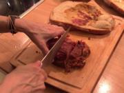 Schinken im Brotteig mit Karotten und Zucchinipüree - Rezept - Bild Nr. 2