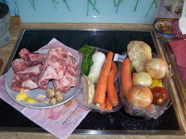Fleischbrühe mit Gemüse , eingeweckt - Rezept - Bild Nr. 8571