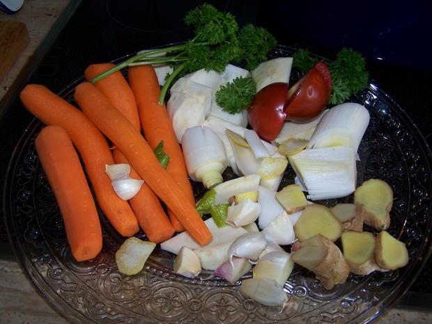 Fleischbrühe mit Gemüse , eingeweckt - Rezept - Bild Nr. 8575