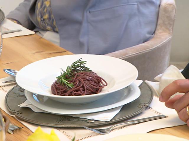 Betrunkene Spaghetti in Tessiner Merlot