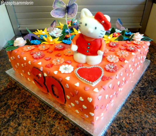 Biskuit:  HELLO KITTY ~ Torte mit Lemon-Sahne-Quark - Rezept - Bild Nr. 9