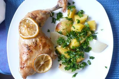 Hähnchenkeulen in Zitronen - Knoblauch - Soße - Rezept - Bild Nr. 8749