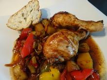 Pikant marinierte Hähnchen-Unterkeulen auf mediterranem Gemüse - Rezept - Bild Nr. 8780