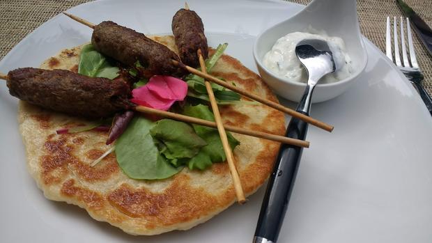Lammspieße mit Naan - Brot - Rezept - Bild Nr. 8804