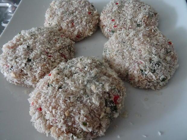 Geflügelfrikadellen mit Rahm-Chinakohl und Kartoffelmuffins, Kochbar-Challenge 9.0 - Rezept - Bild Nr. 8858