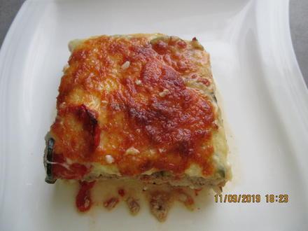 Auflauf mit Gehacktem, Tomaten, Zucchini und Reis - Rezept - Bild Nr. 8851