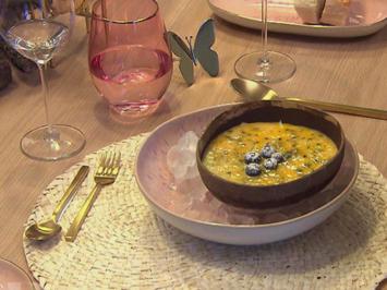 Kokosparfait mit Passionsfrucht-Minze - Rezept - Bild Nr. 2