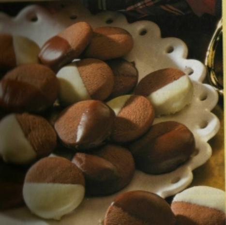 Nuß-Nougat-Knöpfe - Rezept