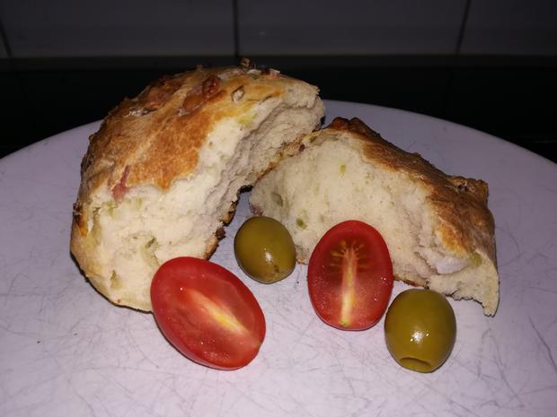 Pizzabrötchen - Rezept - Bild Nr. 2