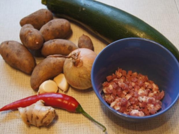 Herzhafte Zucchini Suppe mit Einlage - Rezept - Bild Nr. 3