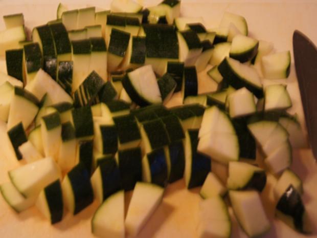 Herzhafte Zucchini Suppe mit Einlage - Rezept - Bild Nr. 5