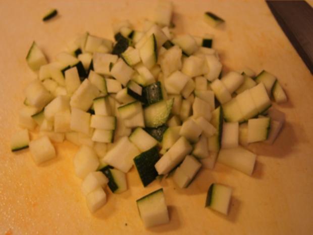 Herzhafte Zucchini Suppe mit Einlage - Rezept - Bild Nr. 11