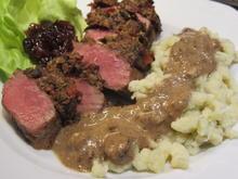 Fleisch: Lammlachse mit Steinpilzkruste und Rosmarinspätzle - Rezept - Bild Nr. 2