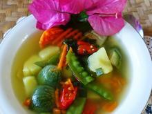 Exotische, klare Gemüsesuppe Kuta Beach - Rezept - Bild Nr. 2