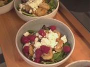 Hausgemachte Salbei-Walnuss-Gnocchi mit Sommersalat - Rezept - Bild Nr. 2