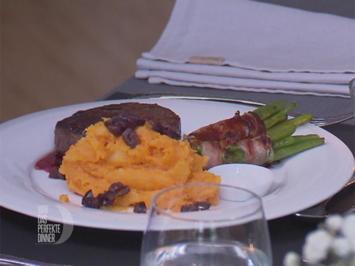 Rinderfilet mit Süßkartoffelstampf, Kirschsoße und Bohnen im Speckmantel - Rezept - Bild Nr. 8996