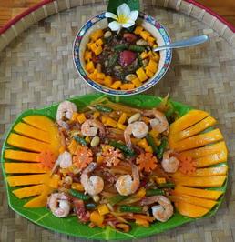 Exotischer Papayasalat mit Mango und Garnelen - Rezept - Bild Nr. 2