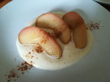 Apfelspalten mit Vanillesauce - Rezept - Bild Nr. 2