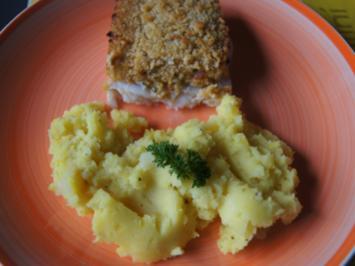 Schlemmerfilet à la Bordelaise mit Kartoffelstampf und mit gemischten Salat - Rezept - Bild Nr. 2