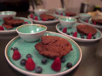 Schokotarte von der Steirischen Schokolade mit hausgemachtem Himbeer-Eis - Rezept - Bild Nr. 2