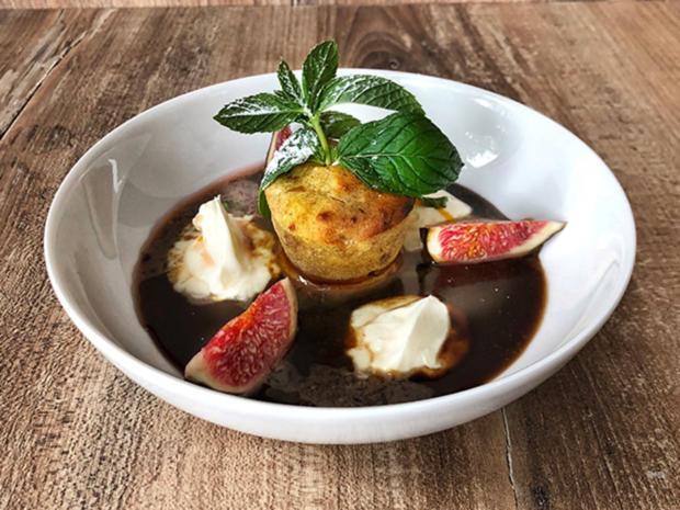 Dattelkuchen mit Feigen (Nina Bott) - Rezept - Bild Nr. 2