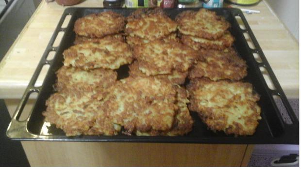 Herzhaft gewürzte Kartoffelpuffer - Rezept - Bild Nr. 9
